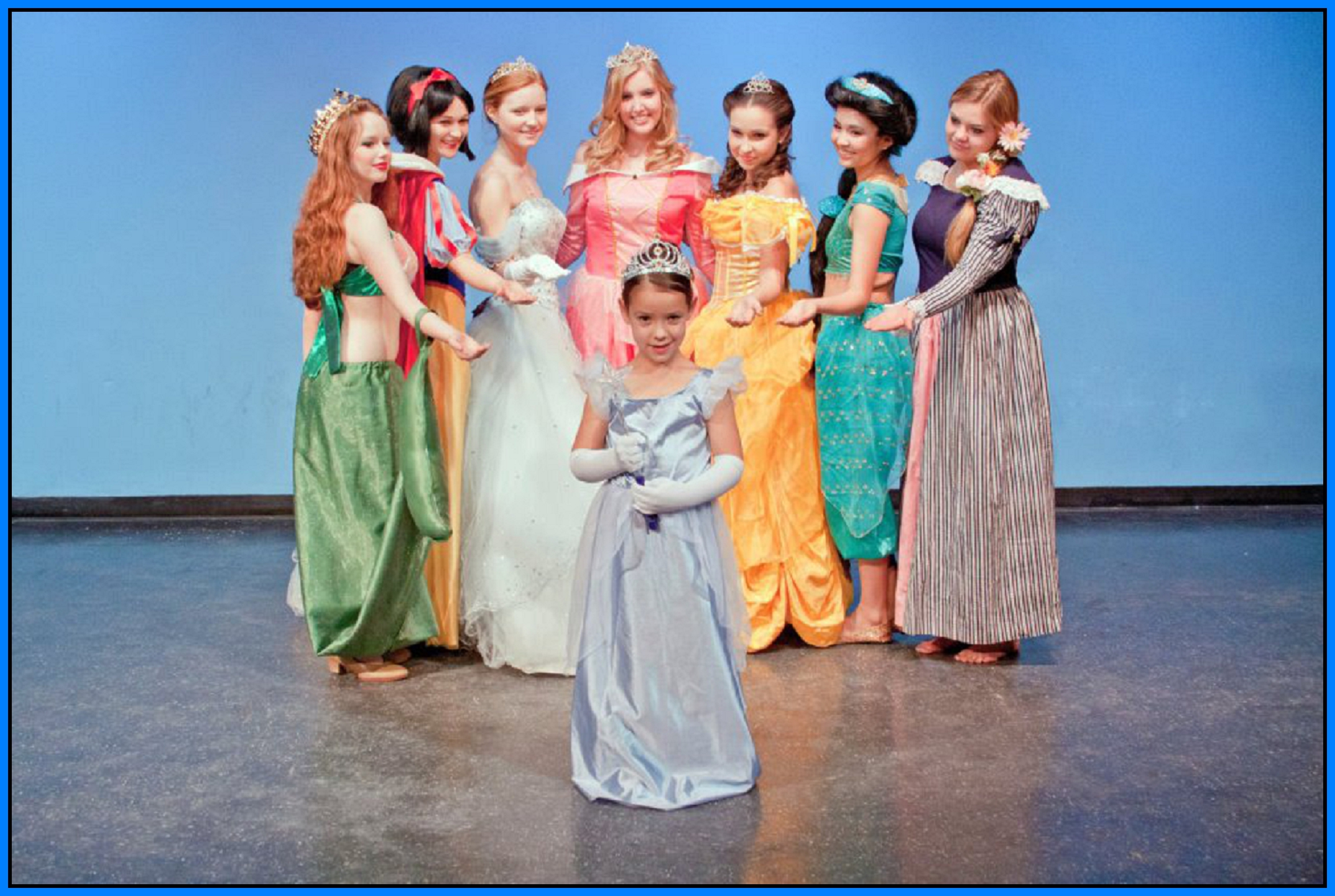 Dress up of cinderella - A Few Lucky Little Princesses Will Even Have The Opportunity To Come On Stage And Dance With Cinderella At The Close Of The Show Musical Theatre And Disney