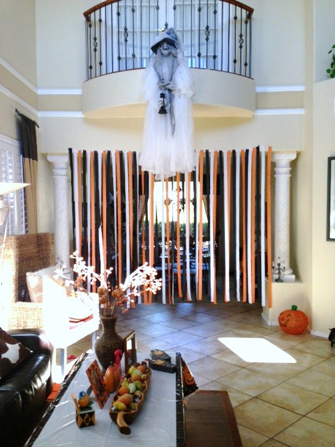 Cheap & Easy Haunting Halloween House Decor & Party Ideas