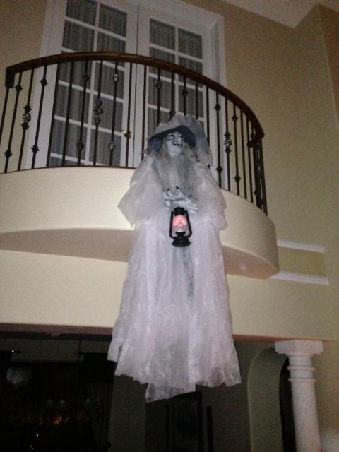 Cheap \u0026 Easy Haunting Halloween House Decor \u0026 Party Ideas