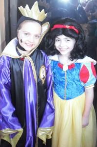 Snow White & Evil Queen